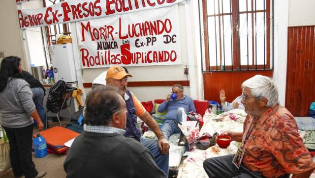Ex-presos políticos Chile inician negociación con el Estado por reparación y justicia