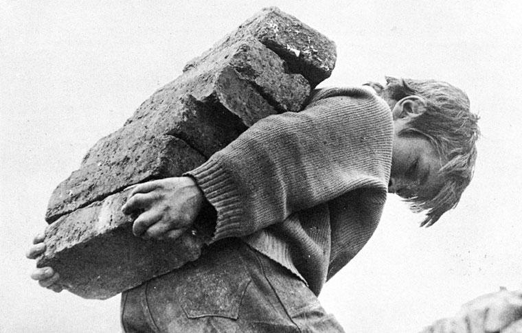 """""""Chircales"""", memoria en el Día Mundial Contra el trabajo Infantil"""