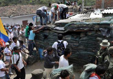 """Habitantes de Argelia, Cauca, se cansaron de ser """"trinchera"""" de la policía"""