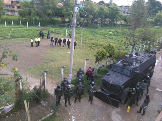 11 jóvenes detenidos y detenidas tras desalojo de Casa Cultural 18 de Diciembre en Suba