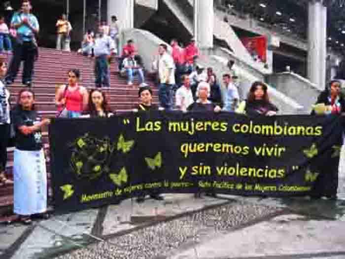 Las mujeres de Medellín buscan incidir en los programas de los candidatos a la alcaldía