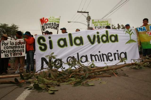 """""""Noviolencia y Naturaleza"""" un foro por la resistencia a la megaminería"""
