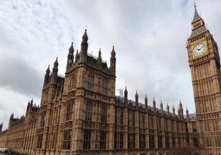 Parlamentarios Británicos saludan gestos del Gobierno y FARC #YoReporto
