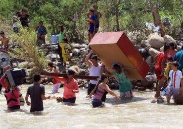 Van 1071 colombianos indocumentados deportados de Venezuela según OCHA