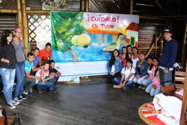 Jóvenes deben ser agentes de cambio frente a la actual crisis ambiental