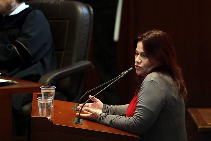 Se incrementan hostigamientos, seguimientos y tortura contra Claudia Julieta Duque y su familia