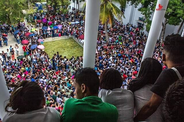 Universidad de Cartagena en paro hasta que el rector firme compromiso