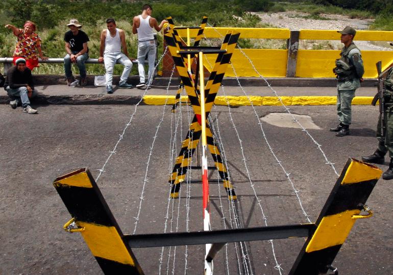 La crisis fronteriza entre muchas hiprocresías