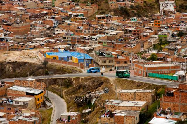 Extorsión, paramilitarismo y asesinatos son cotidianos en Ciudad Bolívar