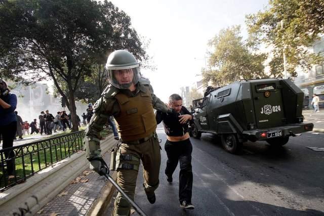23 estudiantes judicializados y 2 asesinados en Chile durante el 2015