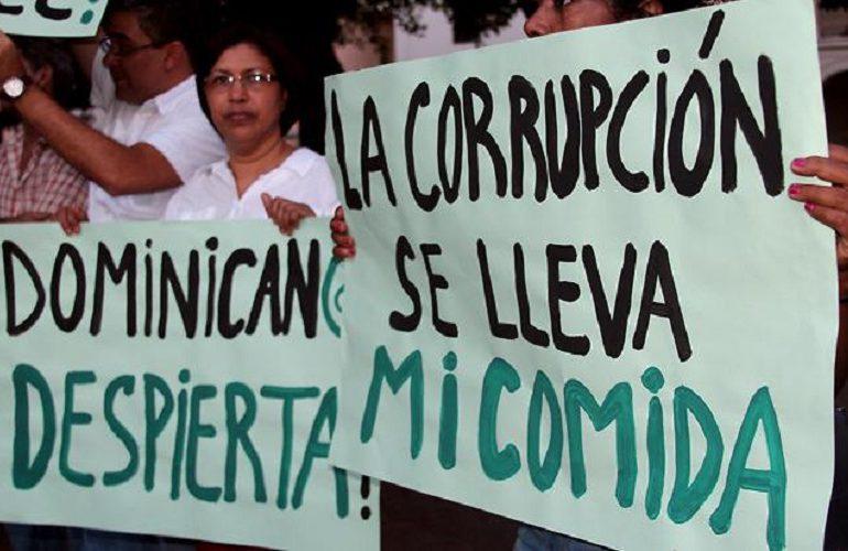 En República Dominicana la indignación crece en forma de cadena humana