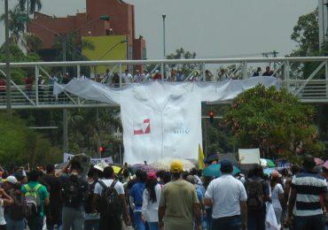Estudiantes logran compromiso de Min Salud para salvar el Hospital Universitario del Valle