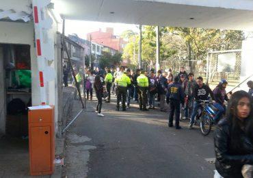 Sigue la policía en la Universidad Nacional