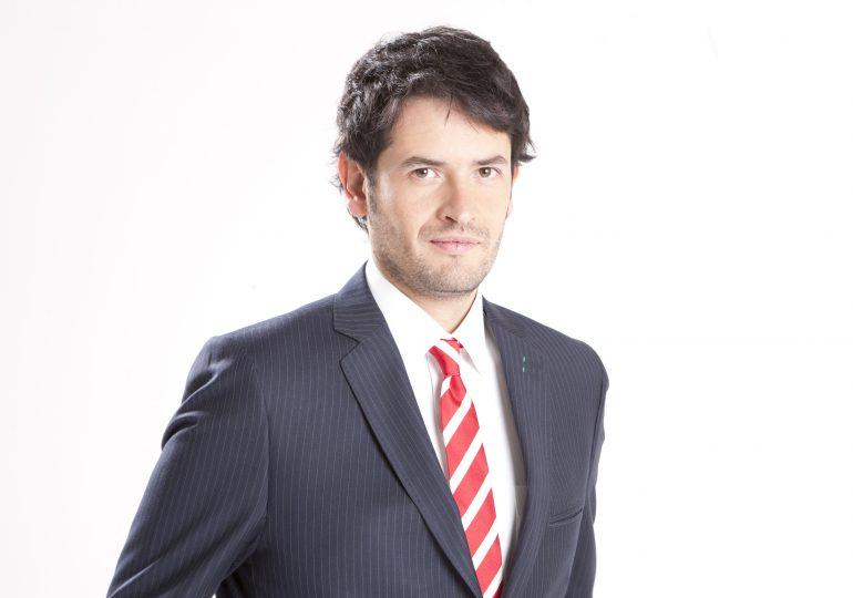 Juan Carlos Losada no ha recibido notificación sobre anulación de su curul