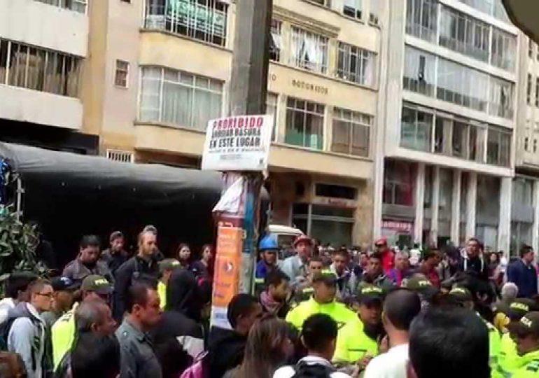 Vendedores Informales salieron a marchar exigiendo su derecho al trabajo