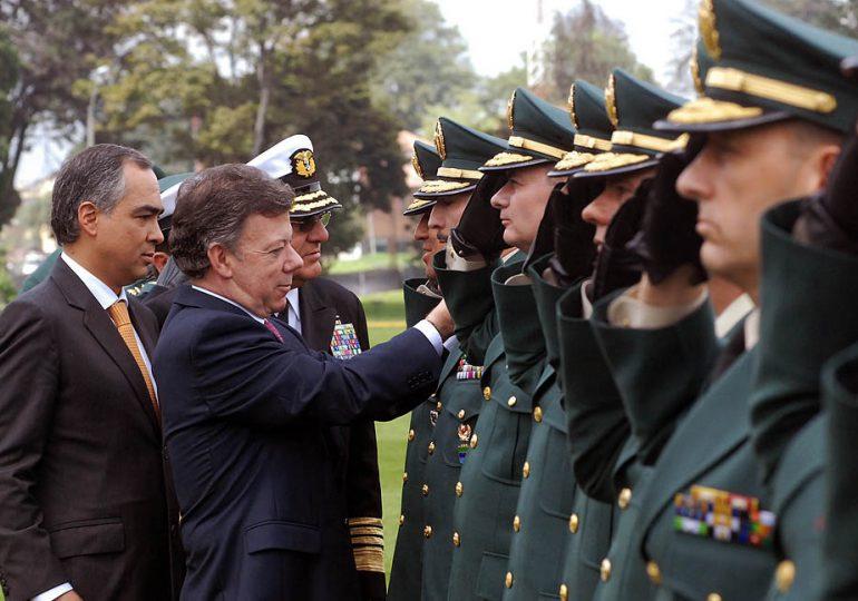 En Colombia se debe cambiar el mecanismo de ascenso en las FFMM y de Policía