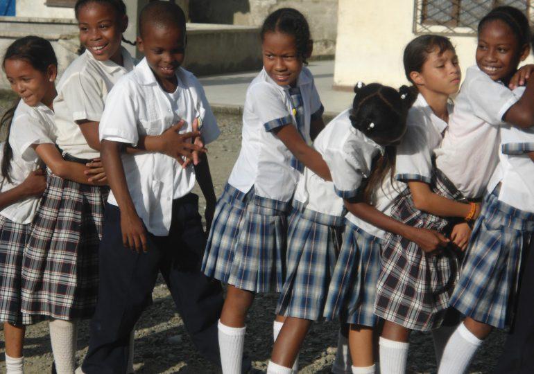 Organizaciones pactan por la educación en Buenaventura