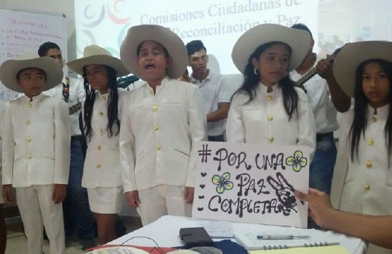 """Parte hacia Arauca la caravana """"Por una paz completa"""""""