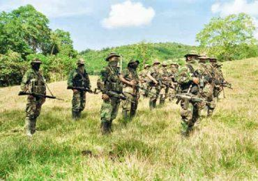 Paramilitares asesinan a 3 campesinos en Pavarandó, Chocó
