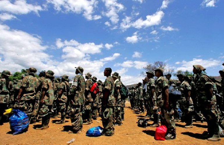 Empresarios hondureños tendrían vínculos con paramilitares colombianos