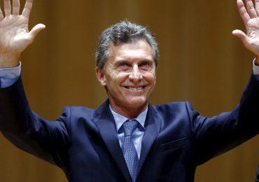 """Gobierno argentino censura a Telesur """"a favor de CNN"""" Adolfo Pérez"""