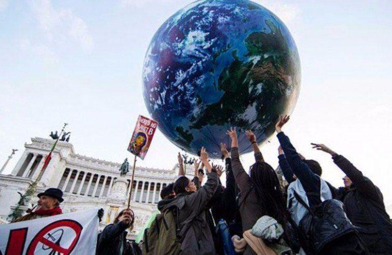Ecologistas en Acción cuestiona acuerdo de París en el Día de la Tierra