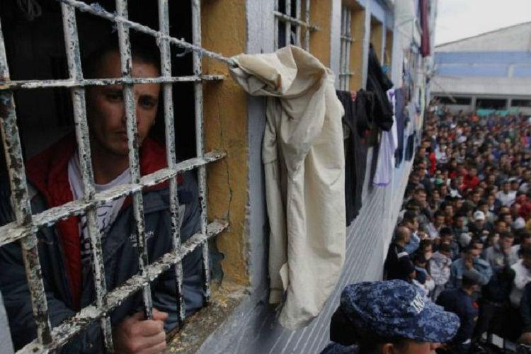 INPEC atacó con gas lacrimógeno a recluso que pedía atención médica