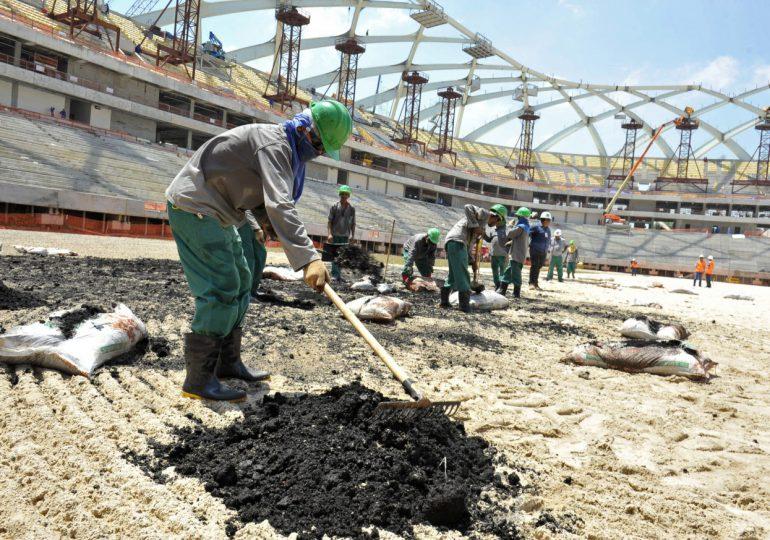 FIFA deberá garantizar DDHH y laborales en obras para Qatar 2022