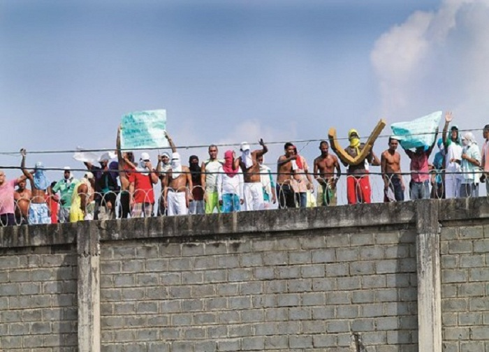 En huelga de hambre internos de La Dorada y Girón