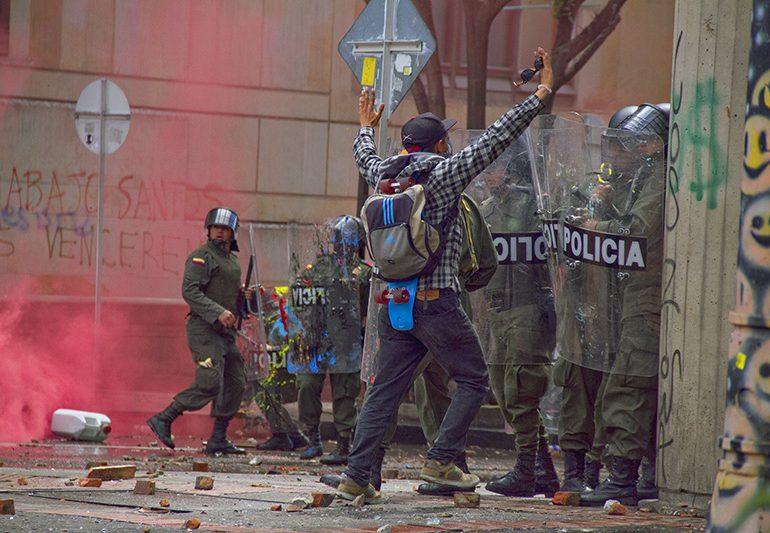 La protección civil debe ser la nueva misión de la Policía Nacional