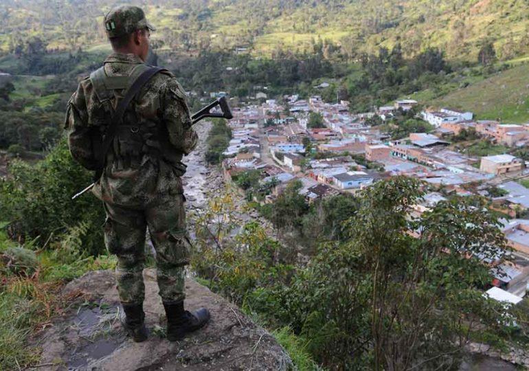 VII Brigada Ejército y AUC hostigan a familias campesinas en Sumapaz