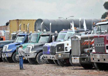Gobierno continuó incumpliéndole a los transportadores