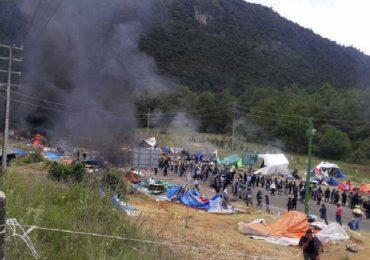 30 maestros detenidos en Michoacán, cientos de heridos y desaparecidos en Chiapas