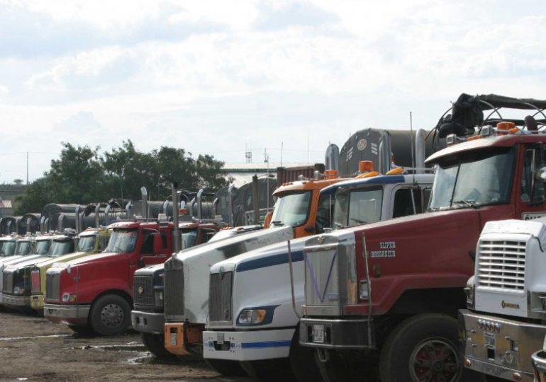 Crece represión del gobierno hacia el paro camionero