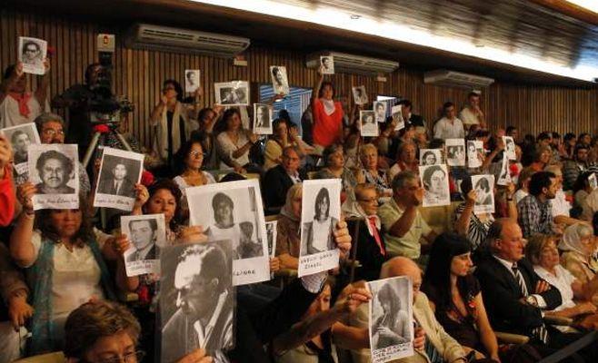 Comandante del ejército argentino durante la dictadura es condenado a cadena perpetua