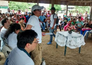 Comunidades del Bajo Atrato discuten agenda de paz