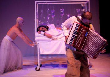 El teatro La Candelaria sigue de Celebración