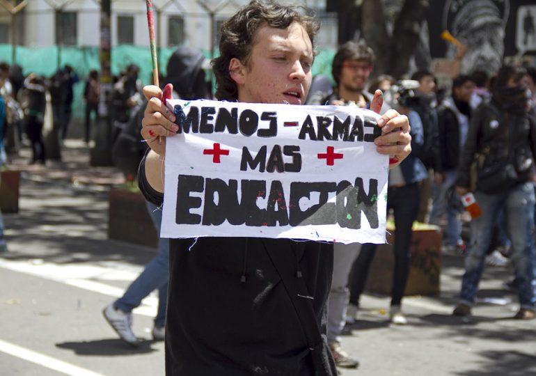 Se lanza la iniciativa 'La Paz Sí es con Educación'