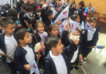 Más de 600 niños y niñas en Ciudad Bolívar cabalgan por la paz