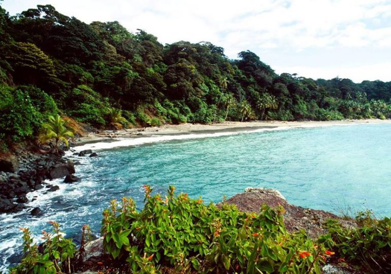 Pobladores y ambientalista rechazan construcción de base naval en Gorgona