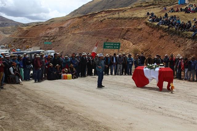 Movilizaciones en Perú por asesinato de campesino