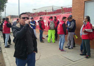 ESMAD amenaza huelga de hambre de trabajadores de CocaCola