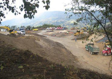 Más de 2000 campesinos exigen salida de petrolera del Lago de Tota