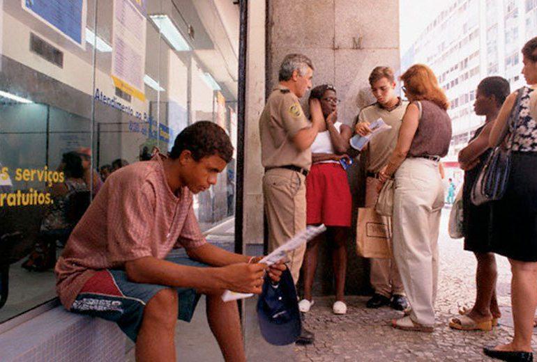Brasil alcanza cifra récord de desempleo con Temer