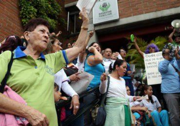 """""""ICBF nos tiene prohibido realizar movilizaciones"""" madres comunitarias"""