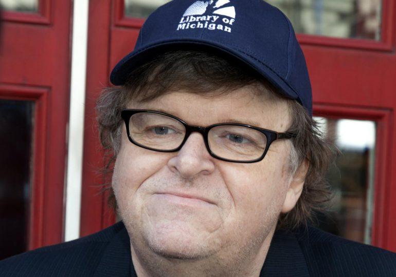 Las últimas tareas de Obama según Michael Moore