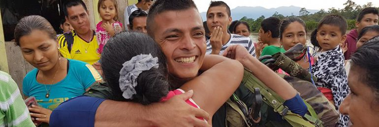 Las FARC-EP caminan hacia la paz