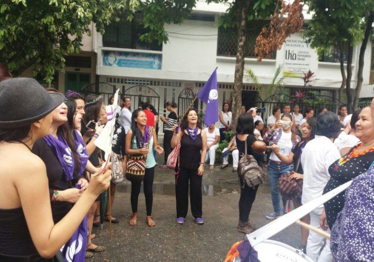 ¡No más Feminicidios! paro de mujeres en Colombia
