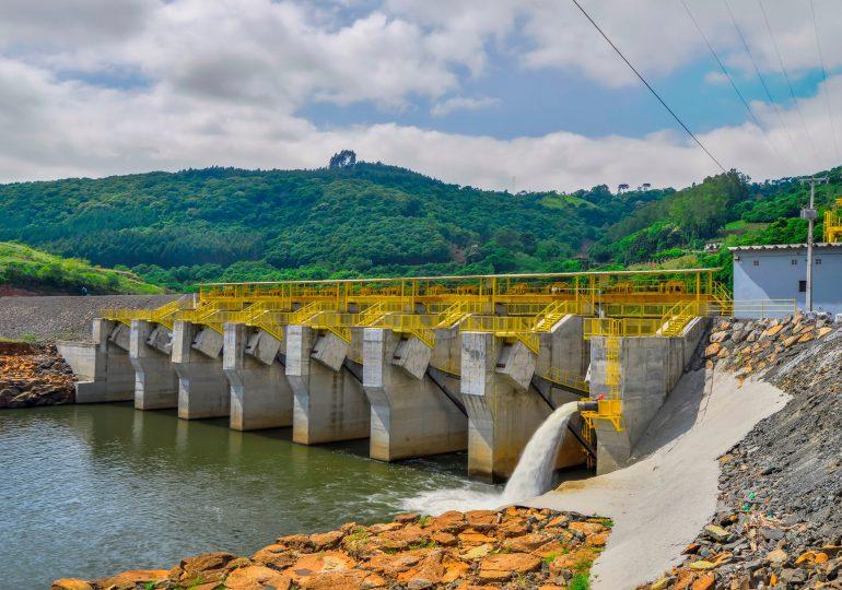 En Colombia el 62% del agua concesionada está en manos de un 1% de empresarios