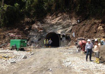 Hidroeléctrica el Edén acaba con el agua de Bolivia, Caldas